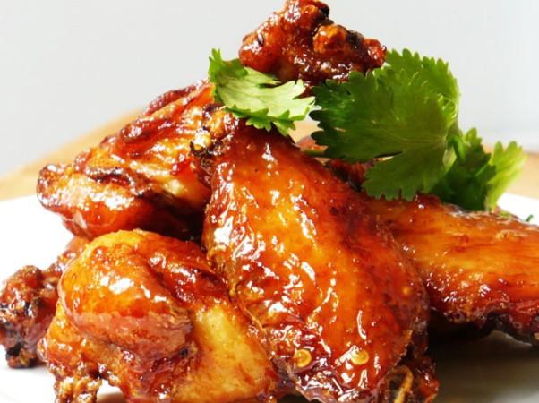 Курица в соусе в духовке
