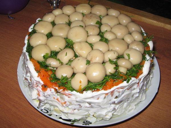 Грибная полянка салат