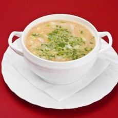 Быстрый сырный суп с вермишелью и зеленью