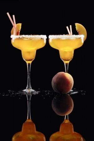 Беллини с персиками