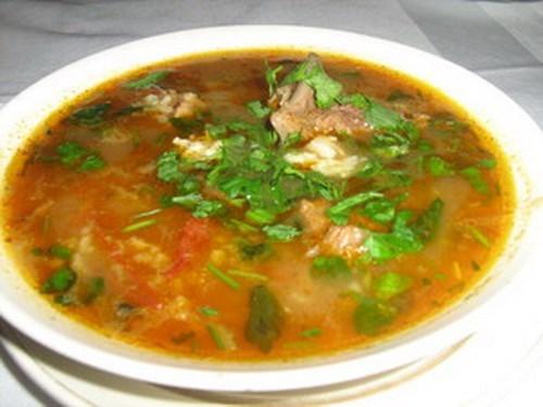 Суп из баранины с тархуном по‑армянски