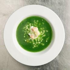 Холодный огуречный суп с лососем