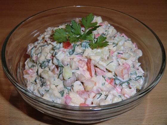 Салат с фасолью и болгарским перцем
