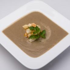 Крем-суп из шампиньонов со сливками и чесночными сухариками
