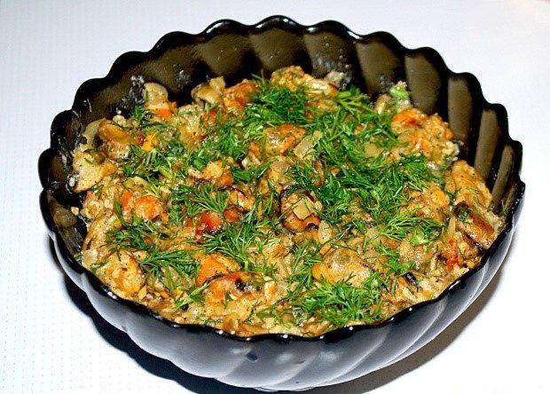 Мидии в сметанном соусе