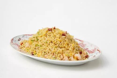 Жареный рис по-кантонски
