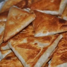 Пирожки из лаваша с сыром и ветчиной